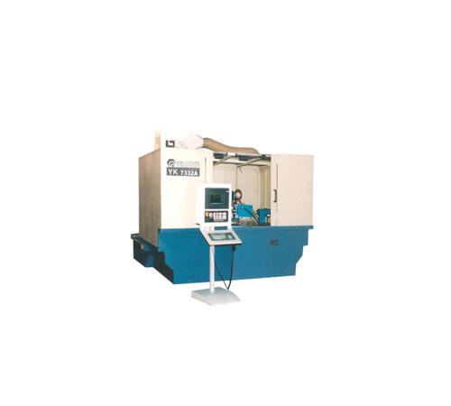 YK7332A磨齿机