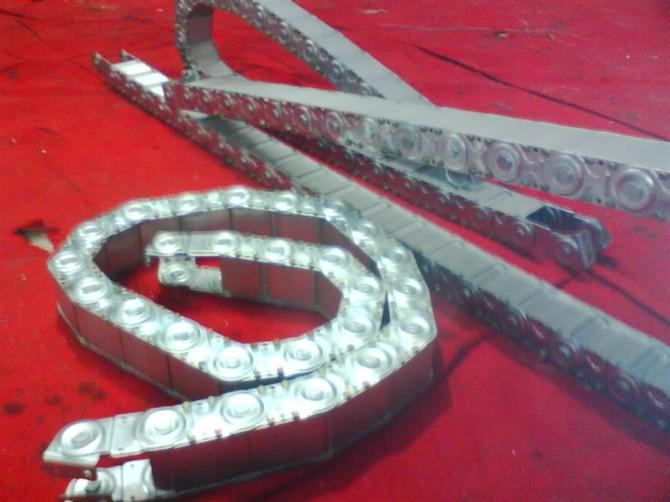 上海钢铝拖链